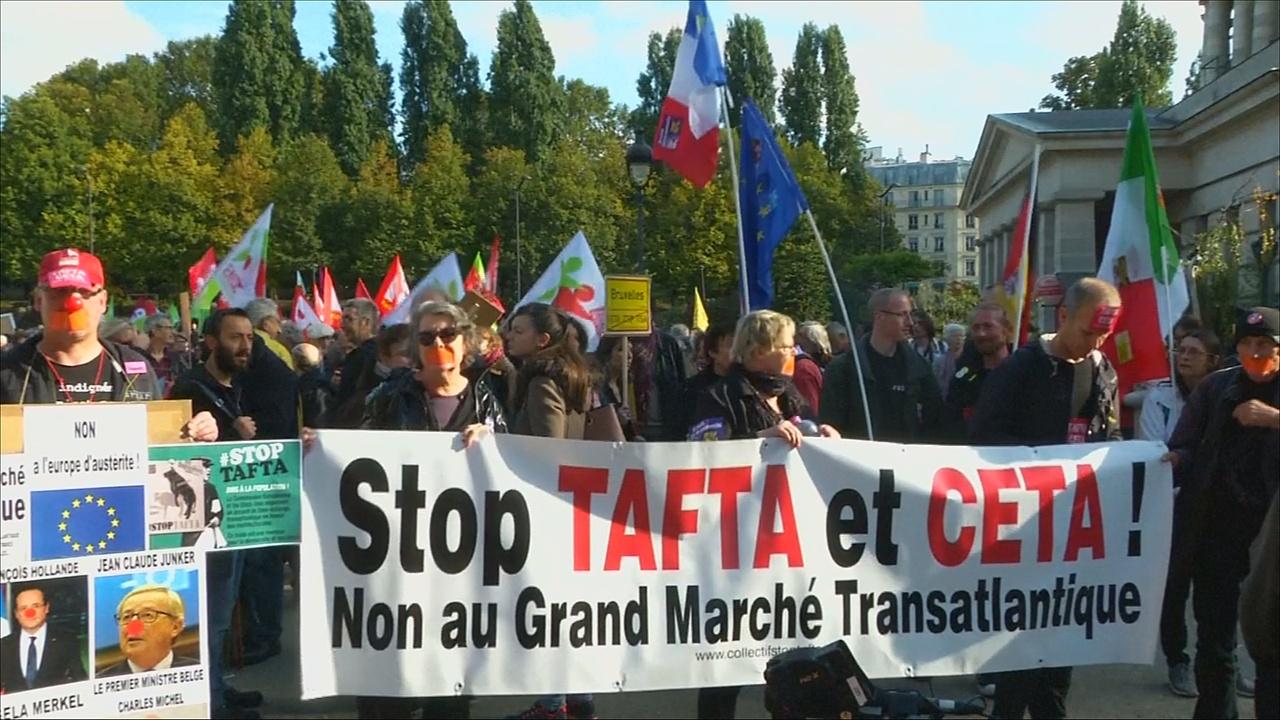 В Париже протестовали против зоны свободной торговли с Канадой