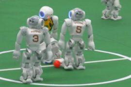 Роботы сразились в футбольном матче RoboCup в Пекине