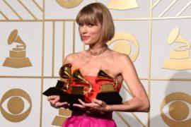 Тейлор Свифт заработала больше всех певиц