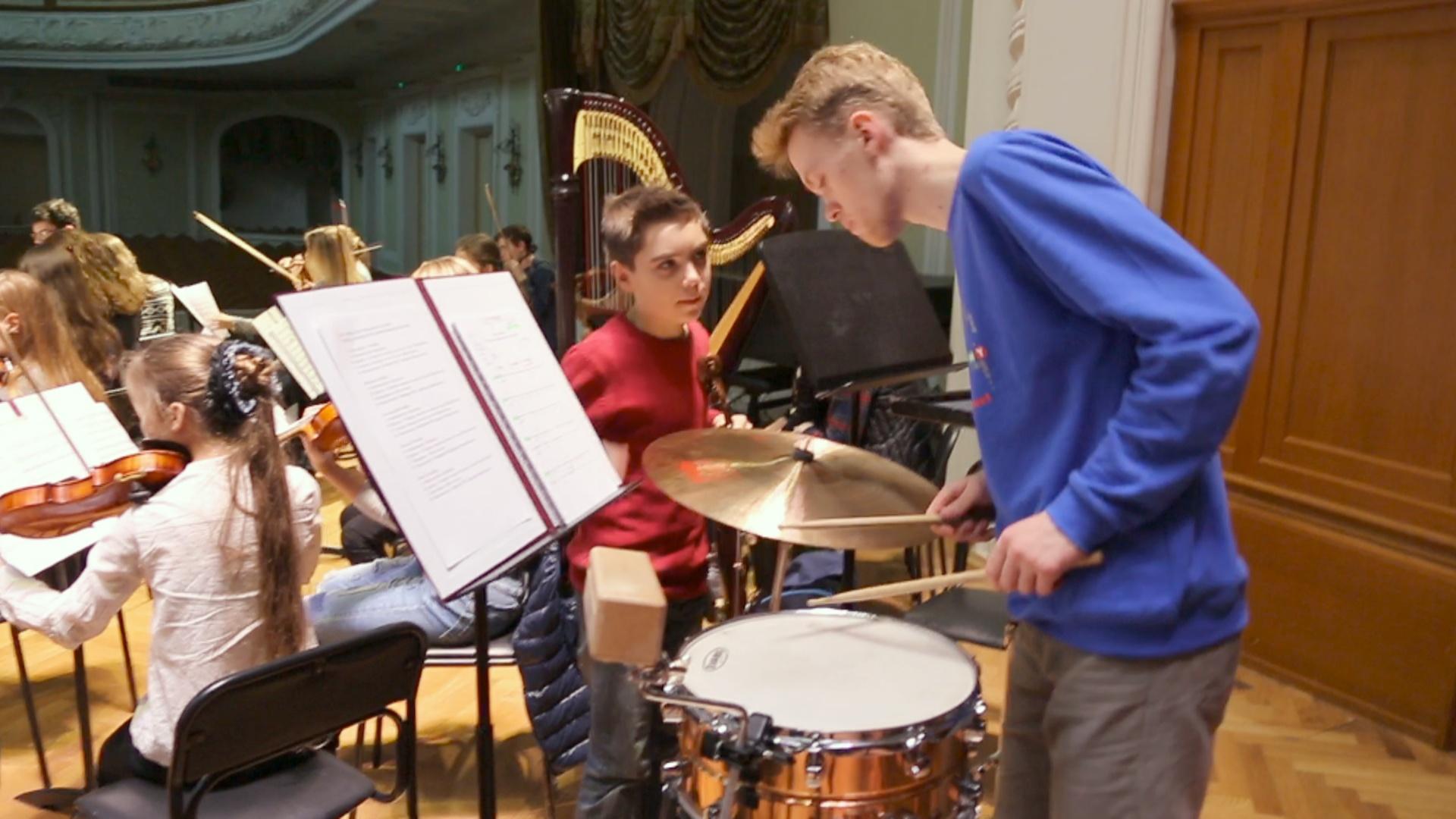Юрий Башмет с юношеским оркестром дал концерт в Москве