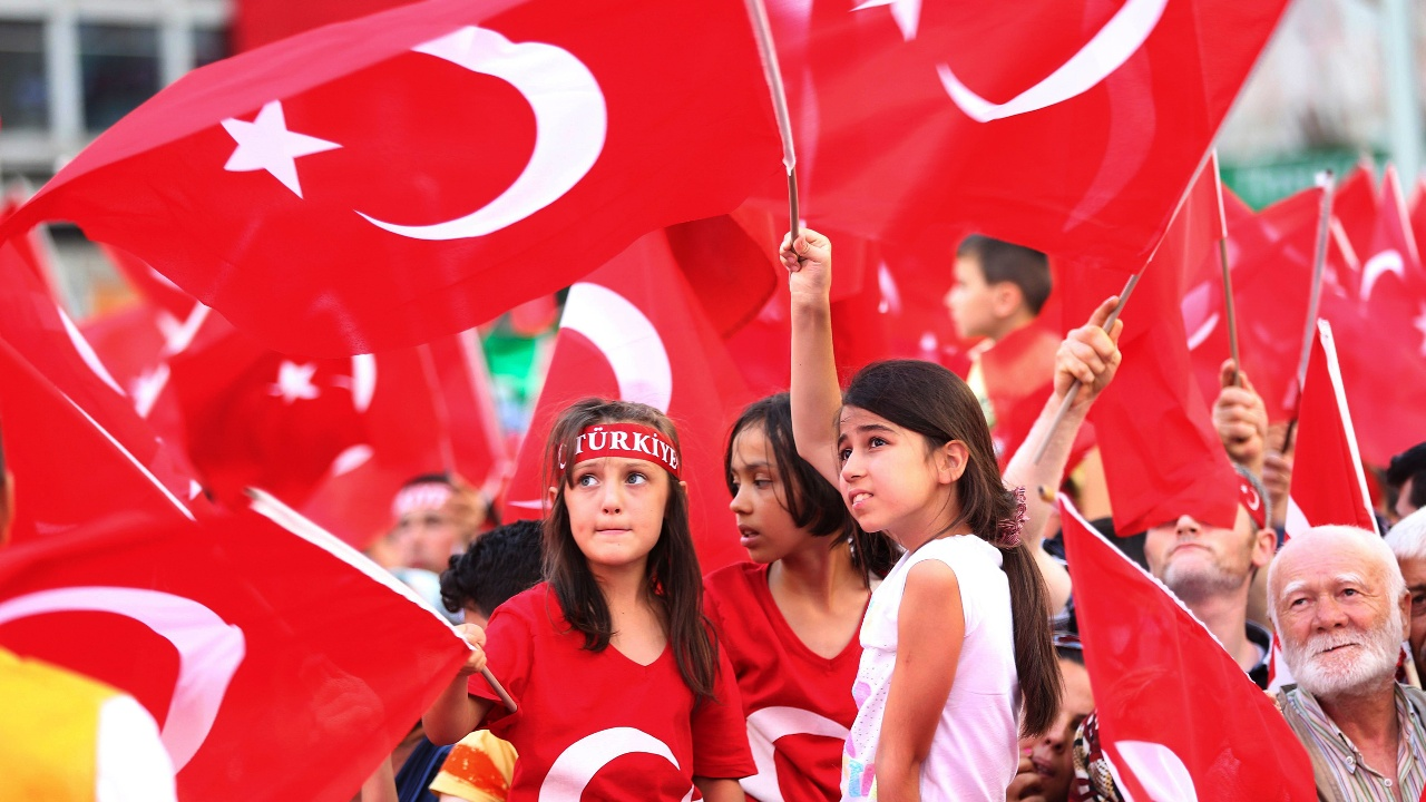 Нужно ли Турции вступать в ЕС — спросят у граждан