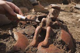 4000-летнюю фигурку мыслителя нашли в Израиле