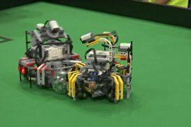 Роботы сразились в футбол в Дели