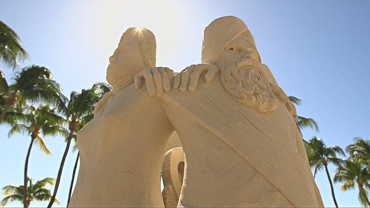 Лучшие песочные скульпторы соревнуются во Флориде