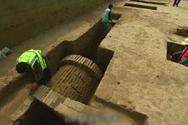 В пригороде Пекина нашли древние захоронения