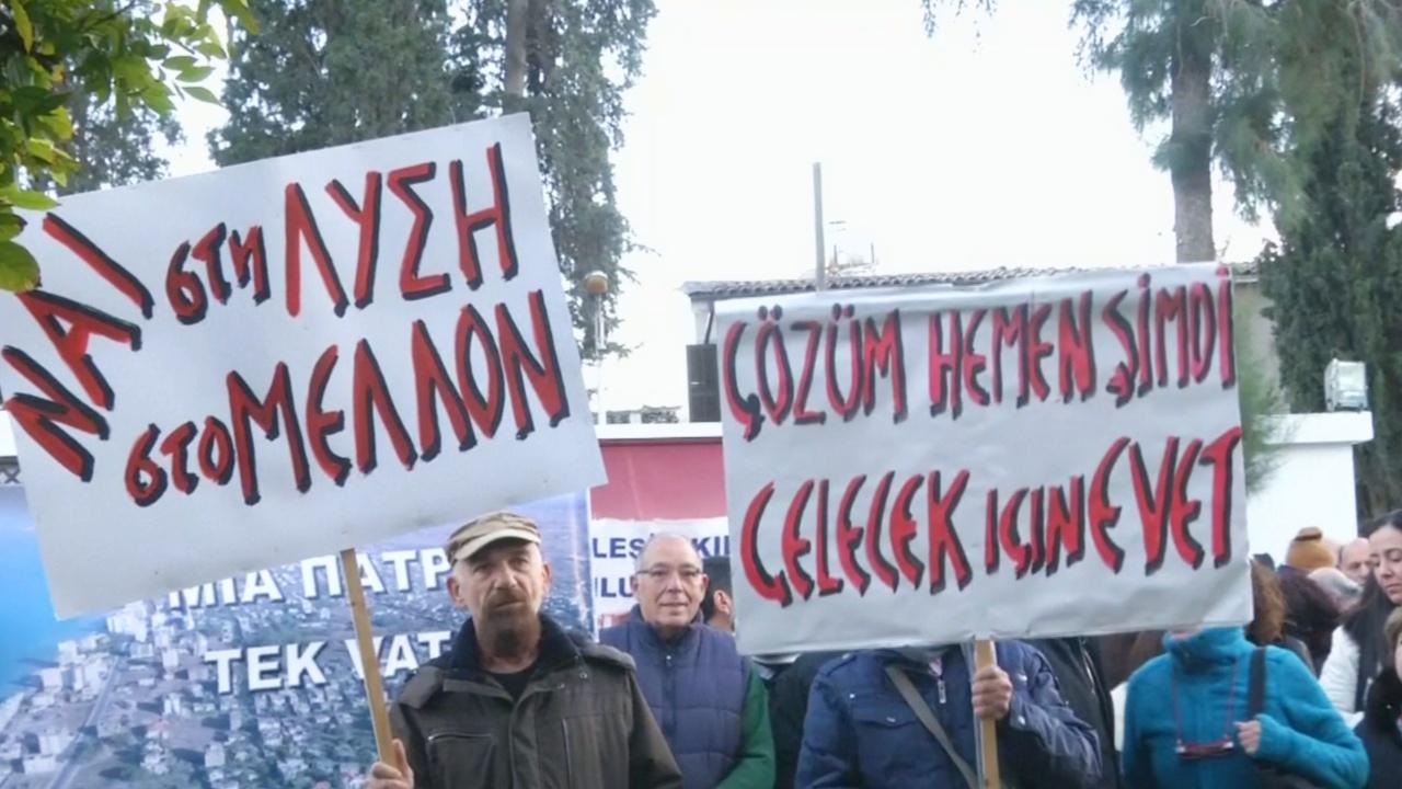 Марш с требованием мира прошёл на разделённом Кипре