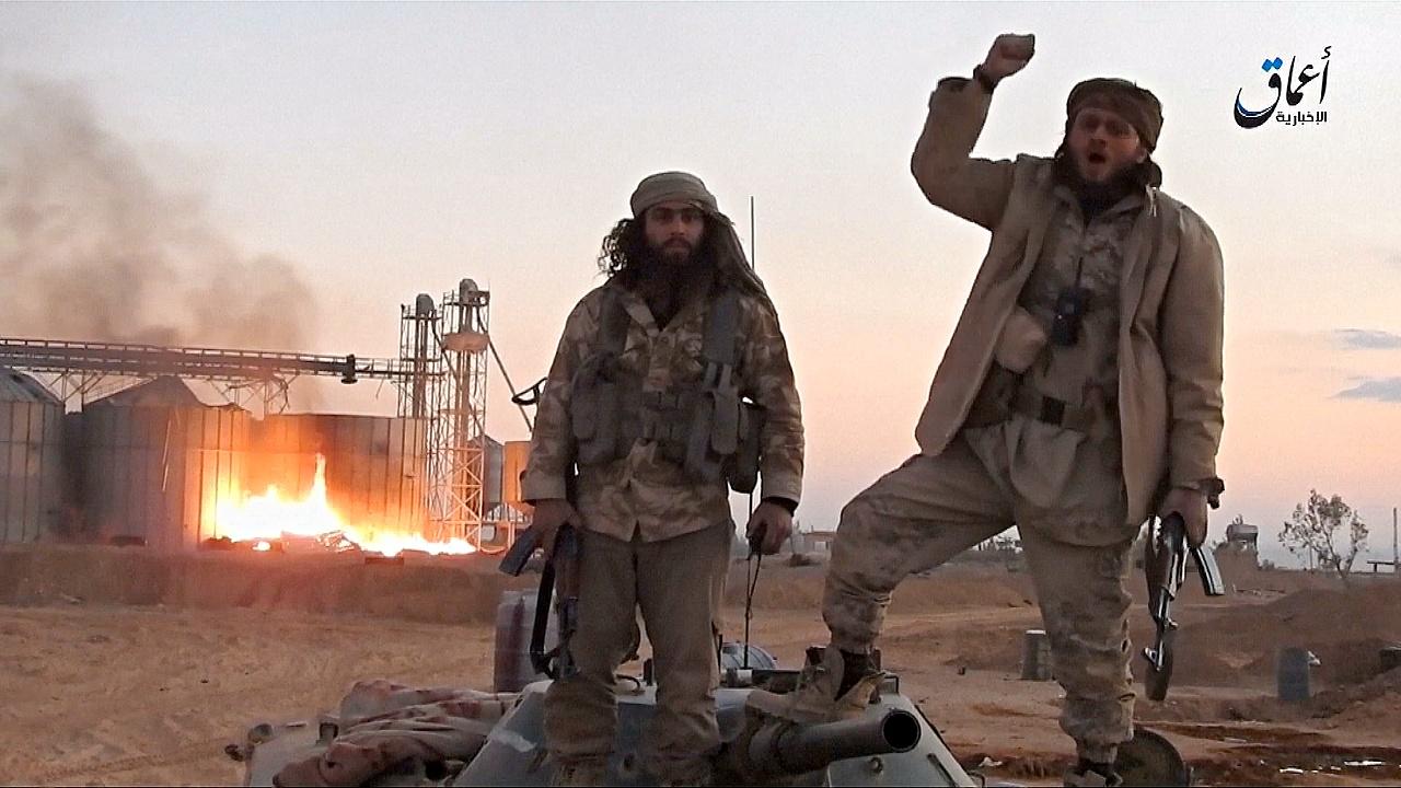 ИГИЛ публикует видео из захваченной Пальмиры