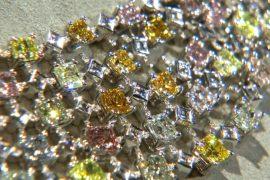 Редкие цветные бриллианты представили в Лос-Анджелесе
