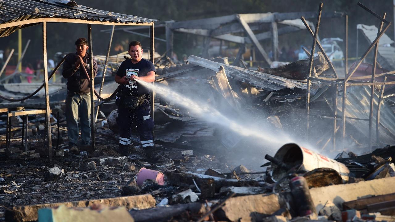 Взрыв на рынке фейерверков в Мексике: не менее 29 погибших