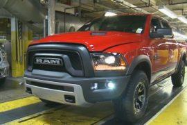 В США расследуют возможные неисправности в машинах Fiat Chrysler