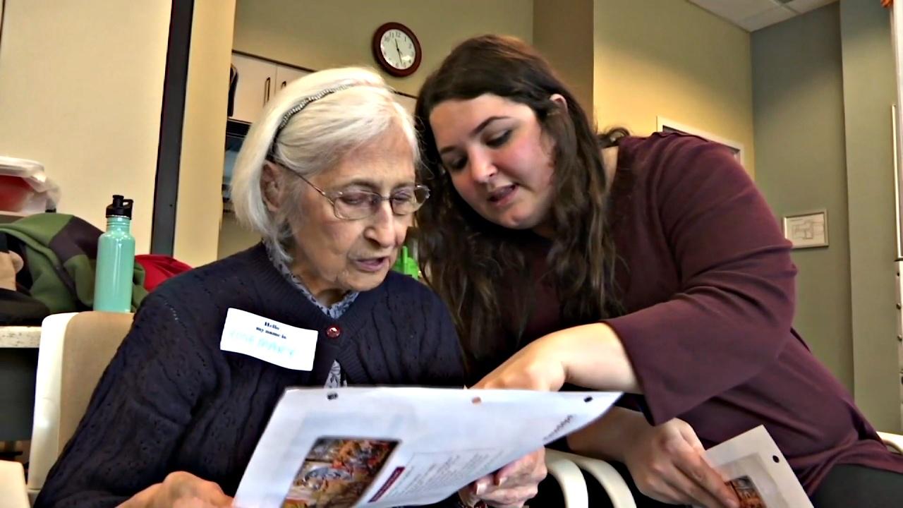 Пожилых с потерей памяти призывают воспользоваться воображением