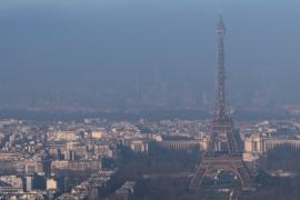 В Париже принимают новые меры, чтобы очистить воздух