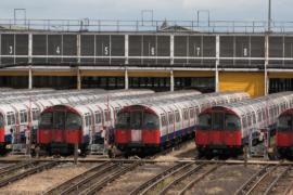 Тысячам жителей Лондона грозит транспортный хаос