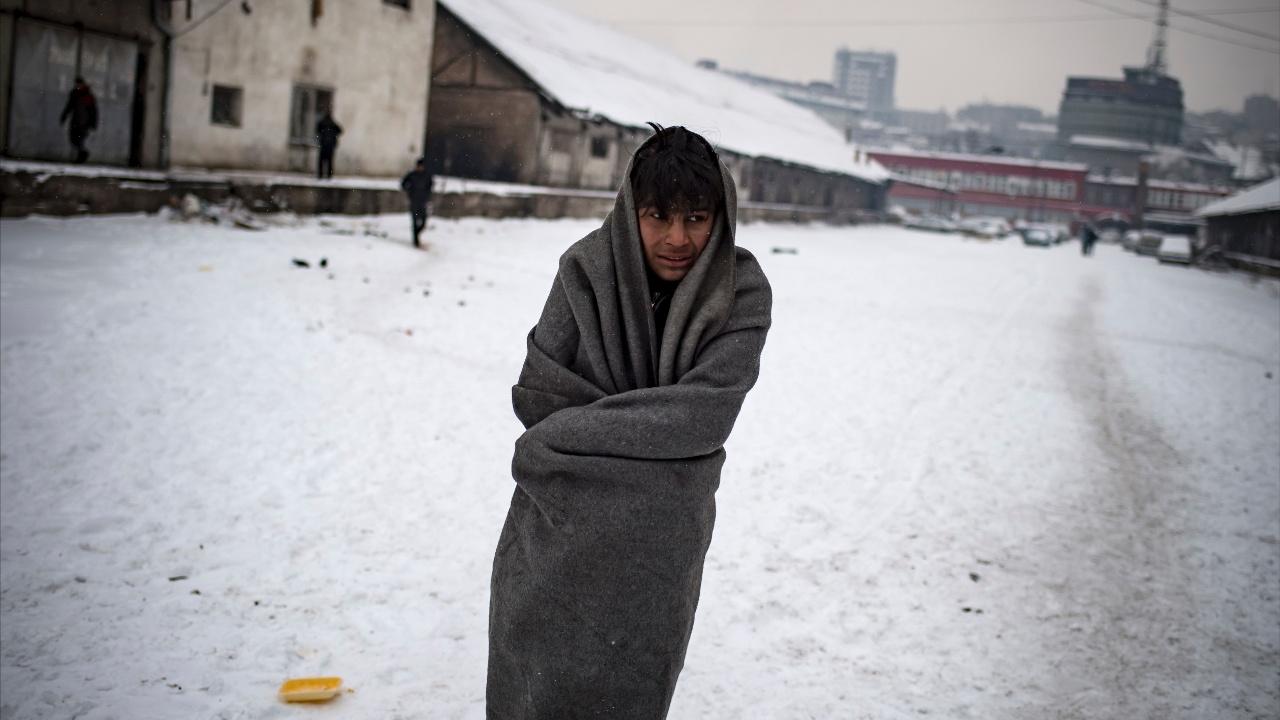 Холода и метели не отпускают Балканы