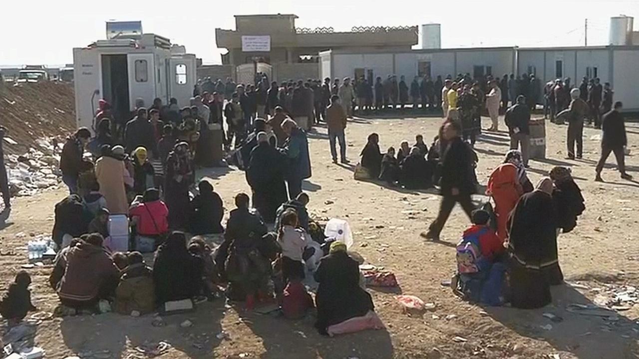 Из Мосула бежало почти 140 тысяч человек