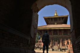 Древний храм в Непале ремонтирует британский архитектор