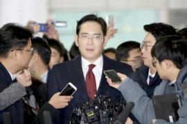 Прокуратура требует арестовать руководителя Samsung