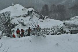 В Италии не теряют надежды найти живых под лавиной