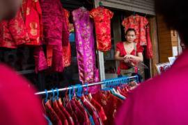 Дилемма китайцев в Таиланде: траур по королю или Новый год?