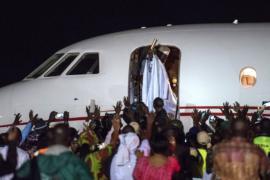 Гамбийцы гадают, сколько денег вывез экс-президент в изгнание