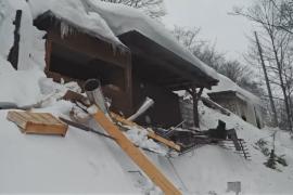 До 25 возросло число жертв схода лавины в Италии