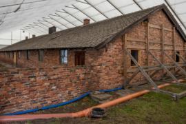 В Освенциме реставрируют бараки узников