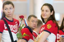 Дисквалификацию с российских легкоатлетов не снимут до ноября
