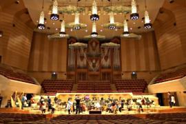 Японец работает над акустикой залов по всему миру