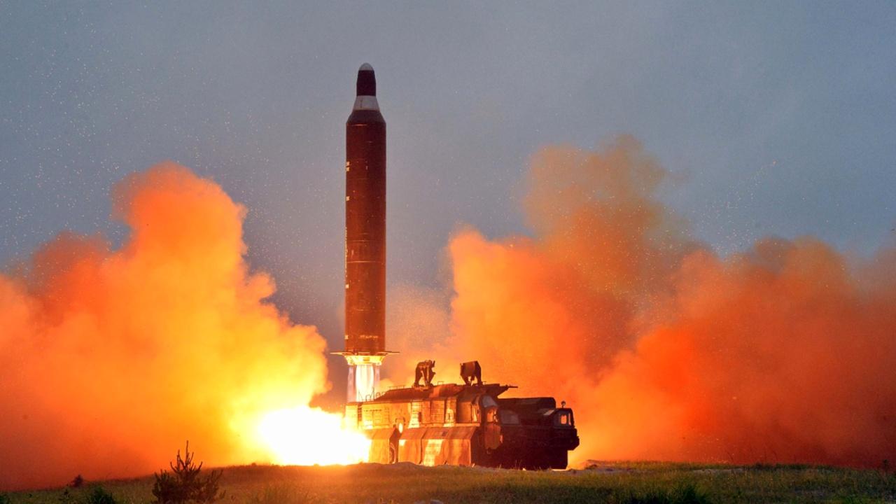 Северная Корея запустила ракету нового типа