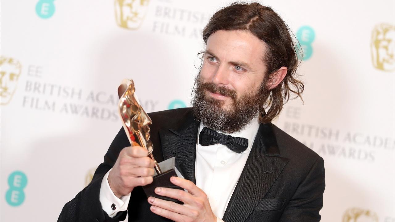 Лауреаты BAFTA показали свои трофеи перед вечеринкой