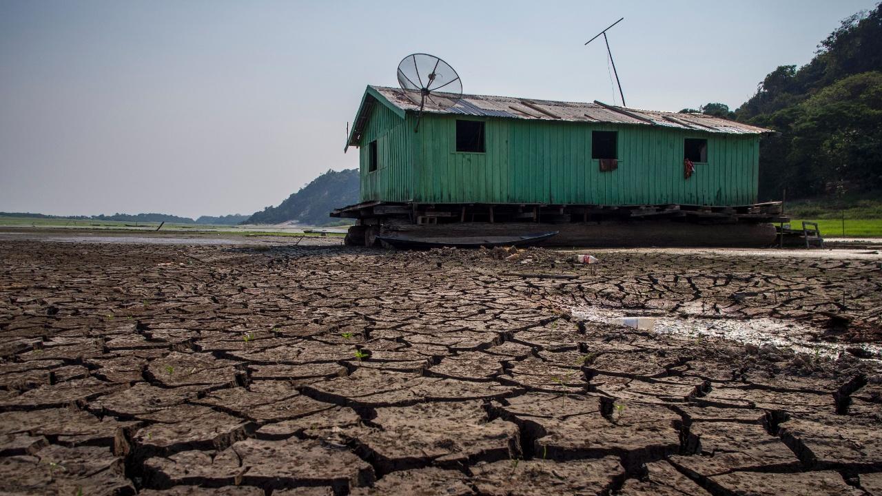 Бразильцам не хватает воды из-за засухи