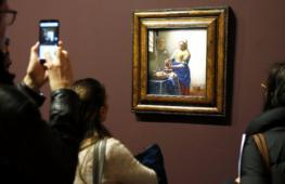 Редкая выставка живописца Яна Вермеера открылась в Лувре