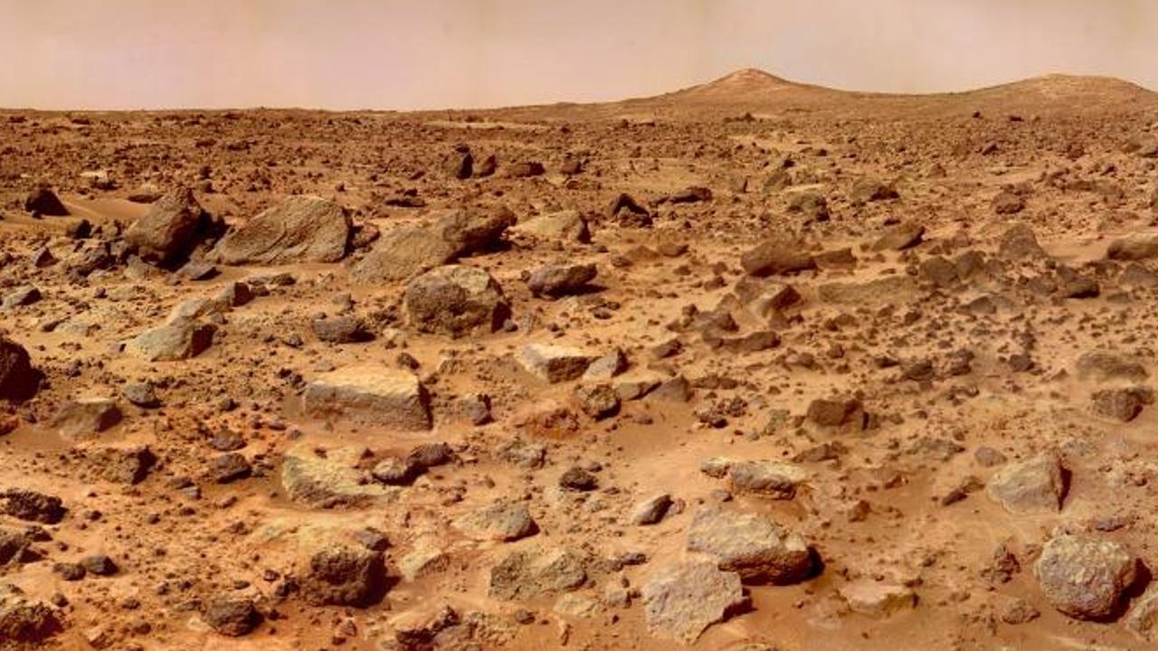 Учёные: жизнь на Марсе могла возникнуть без воды