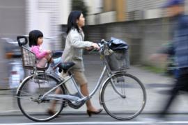 Японские родители-одиночки всё чаще нуждаются в финансовой помощи