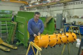 Первое поколение чешских предпринимателей продаёт компании