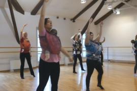«Гормон счастья»: мамы танцуют с грудными малышами