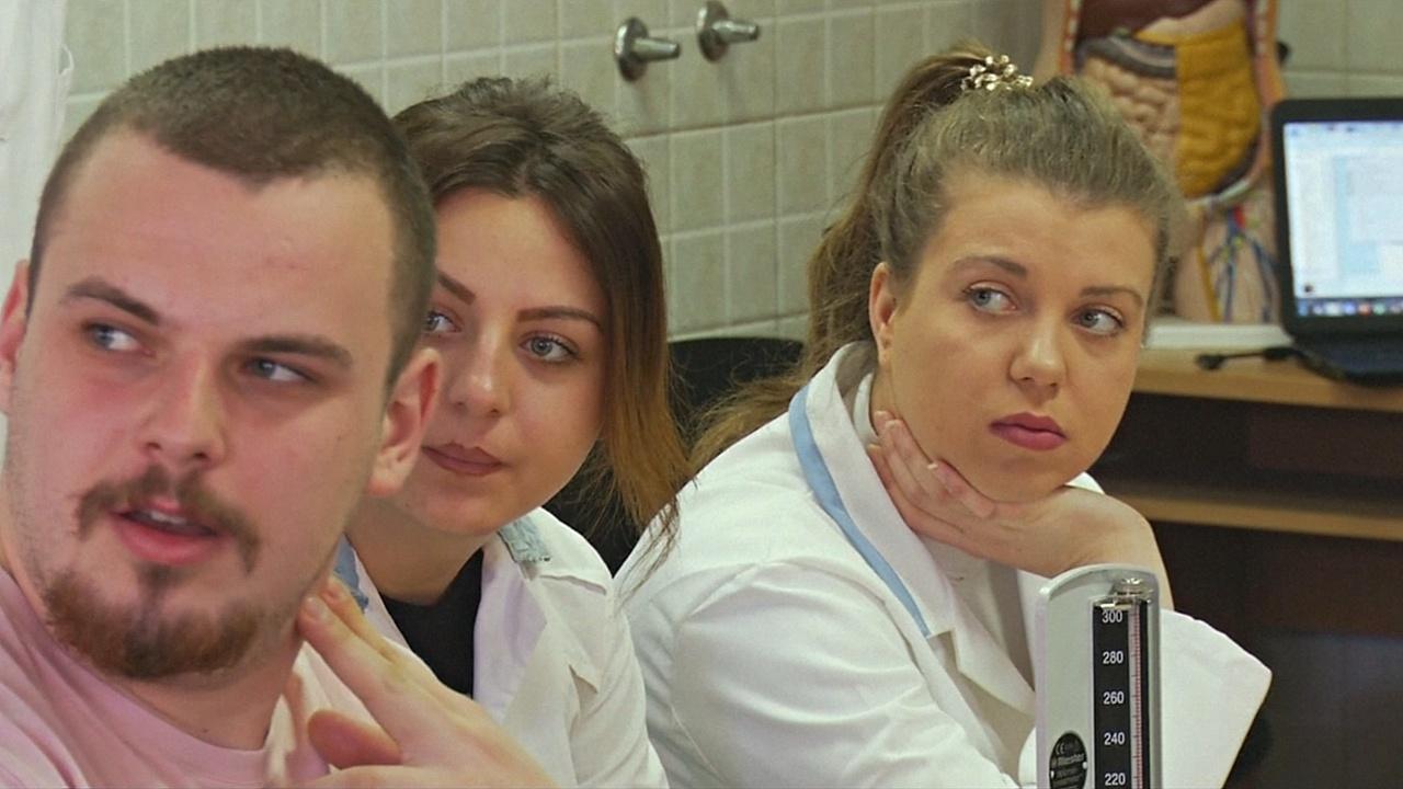 Врачи из бывшей Югославии массово ищут работу в Германии