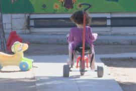 Кризис в Греции усугубляется: страдают дети