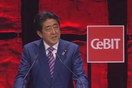 Премьер Японии хочет соглашения с ЕС как можно скорее