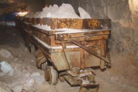 Как нижегородские шахтёры добывают гипс в пещерах