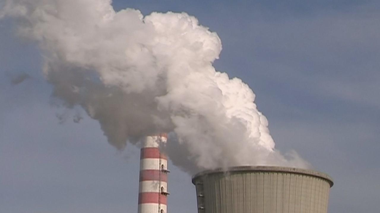 ЕС призывает Китай бороться с изменением климата без США