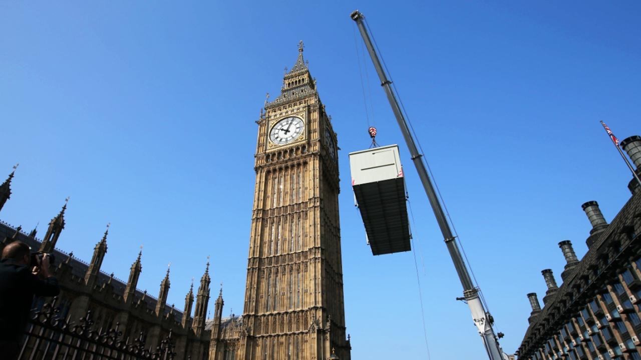 Лондонский Биг-Бен начали ремонтировать