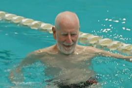90 лет – время стать чемпионом по плаванию