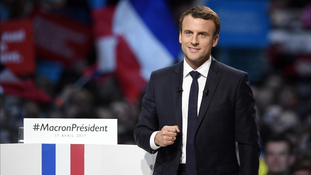 Опрос: Эммануэль Макрон опередит Марин Ле Пен на выборах президента