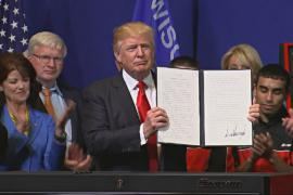 Трамп подписал указ: «Покупай американское, нанимай американцев»