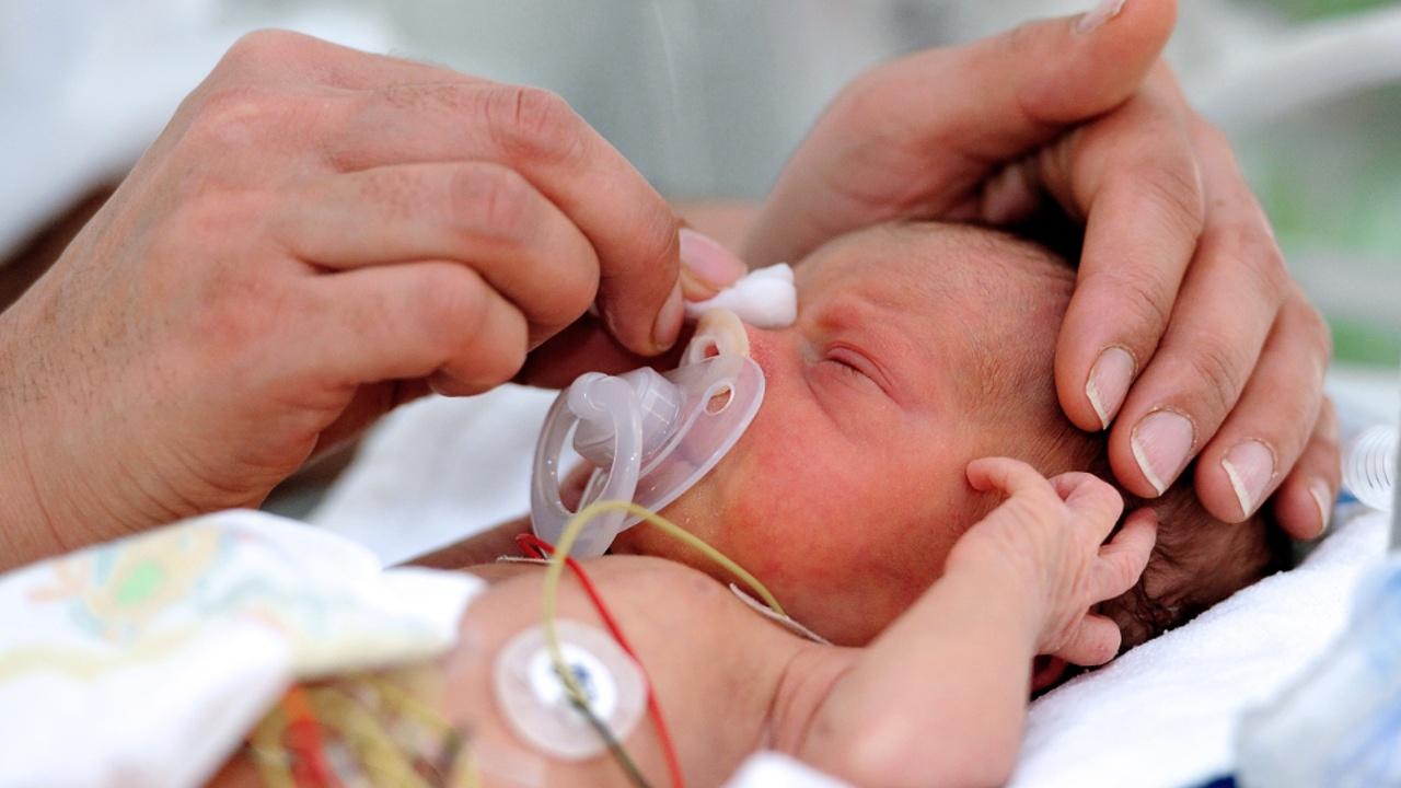 Искусственная утроба поможет недоношенным детям