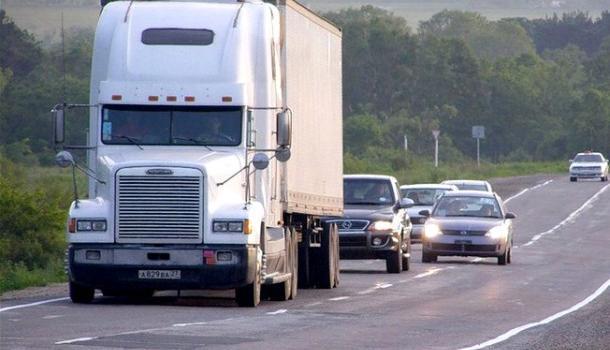 Правила обгона, как не попасть в ДТП и остаться с правами: рекомендации автоюриста