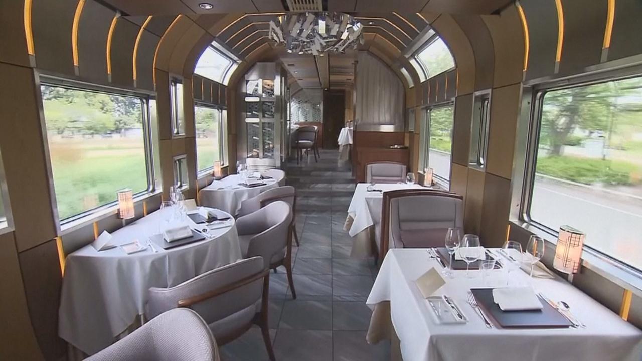 Роскошный поезд с билетами за $10 000 курсирует по Японии
