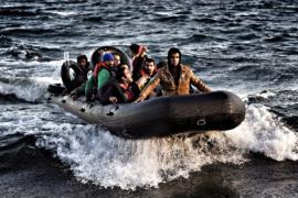 ЕС призывает Китай не снабжать мигрантов лодками