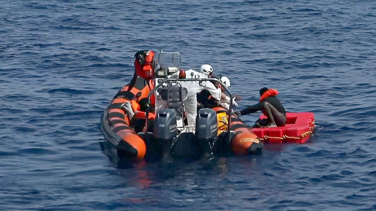 ООН: в Средиземном море могли утонуть более 200 мигрантов